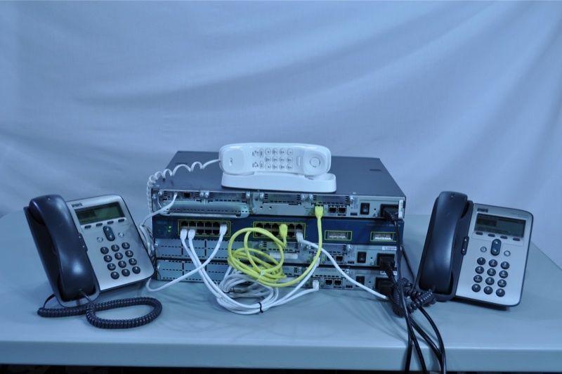Cisco CCNA v3.0 CCVP Voice Lab Kit CME 2620XM fully tested | 2Run ...